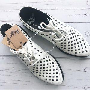 Dr. Martens Oxford Shoes Willis Stud mens women B4